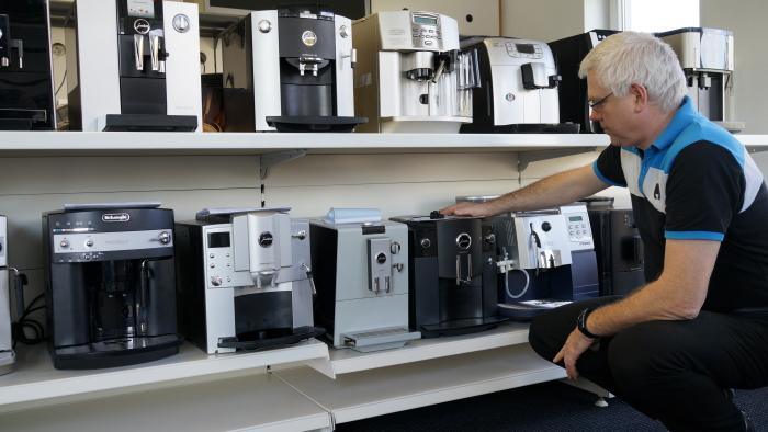 meisterbetrieb f r die schnelle reparatur ihres kaffeeautomaten hotline 07121 966017. Black Bedroom Furniture Sets. Home Design Ideas